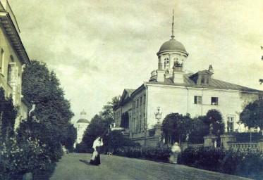 Усадьба Старо-Никольское, 1904 год (ныне - музей компартии Китая)